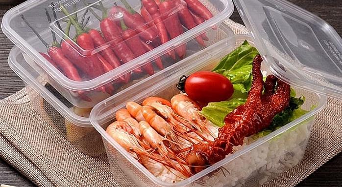 продукты хранящиеся в пластике